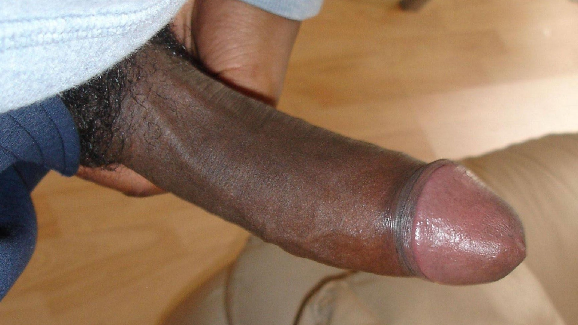 pictures-of-big-black-dick-nutting