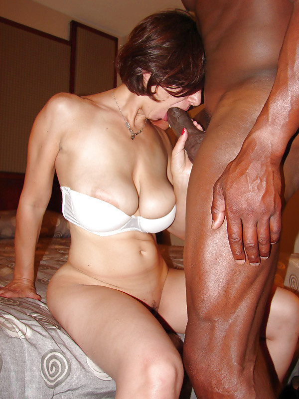 Husband giving blowjob free gallery — photo 1
