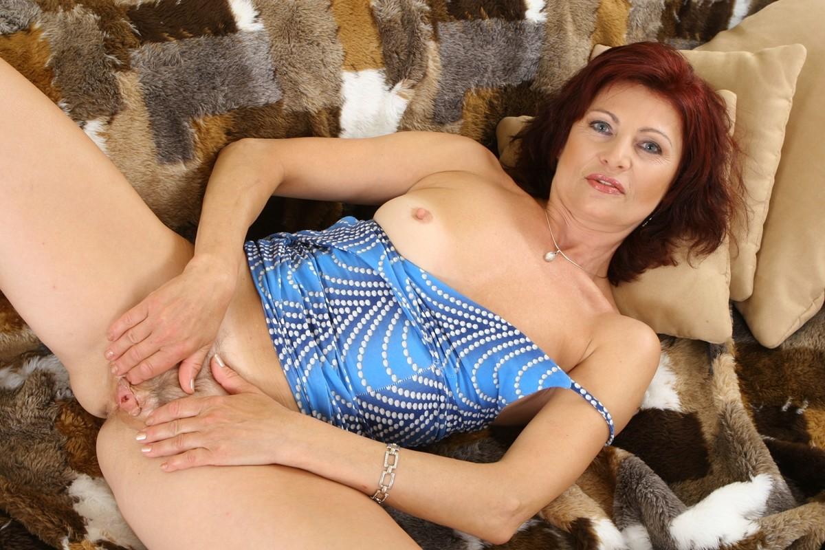 Фото голые зрелые англичанки, секс в хб колготках