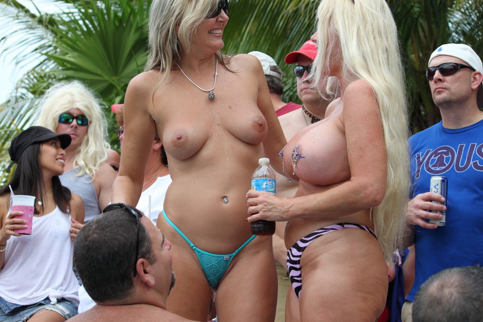 porn-tumblr-mature-pool-party-tube