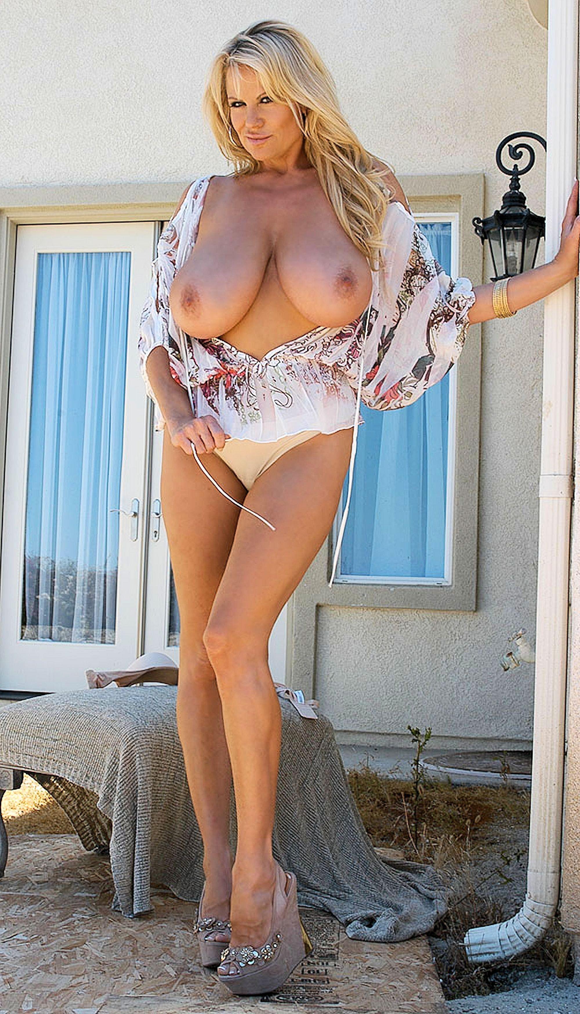 женщина огромные буфера фото эротика - 3