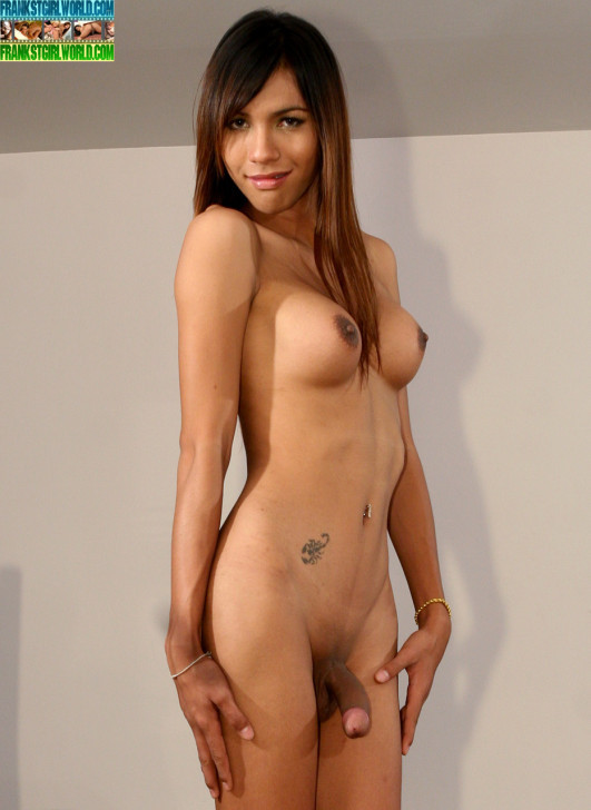 naked-beautiful-transexual