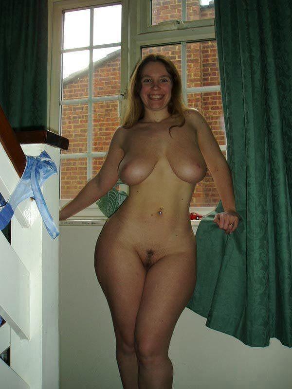 Сочные фигуристые голые женщины