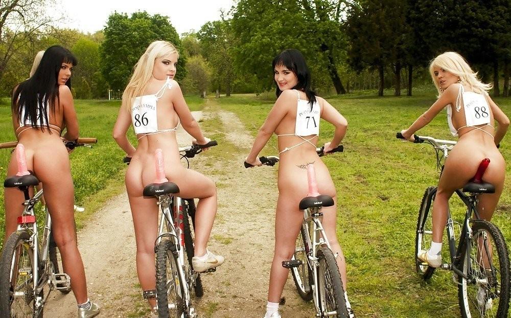каталась на велосипеде и трахнулась смотреть онлайн