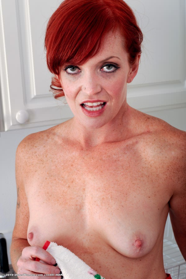 redhead-housewife-secretly-free-young-asian-boys-videos