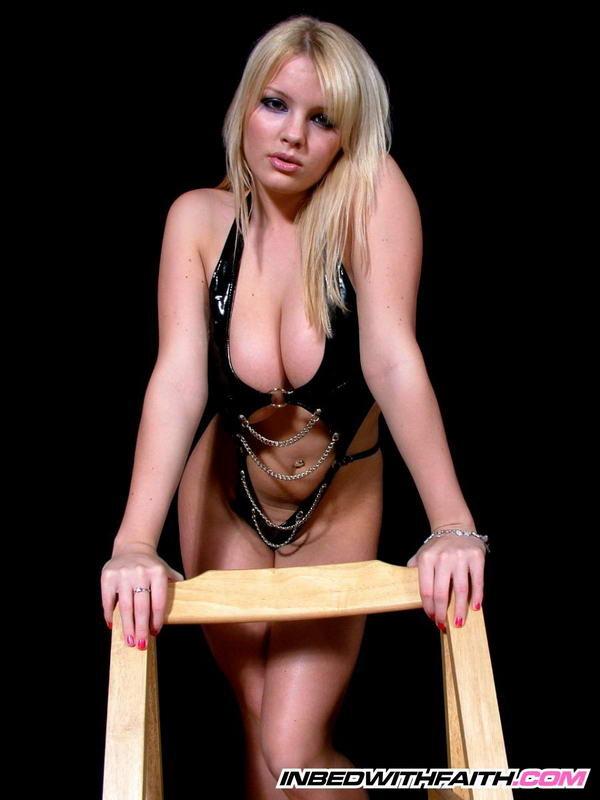 Блонди и соски