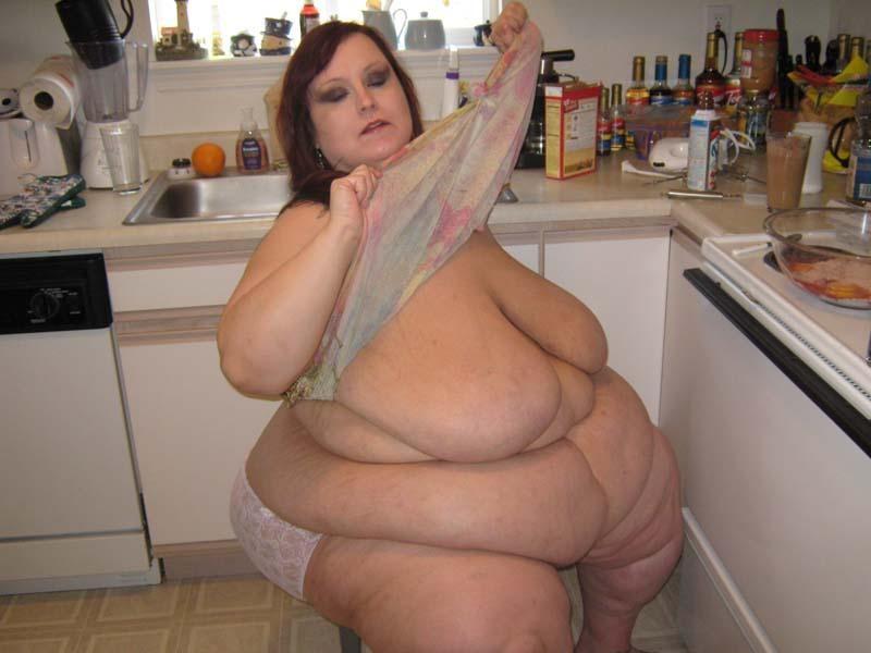 Жирные жопы женщин - компиляция 7