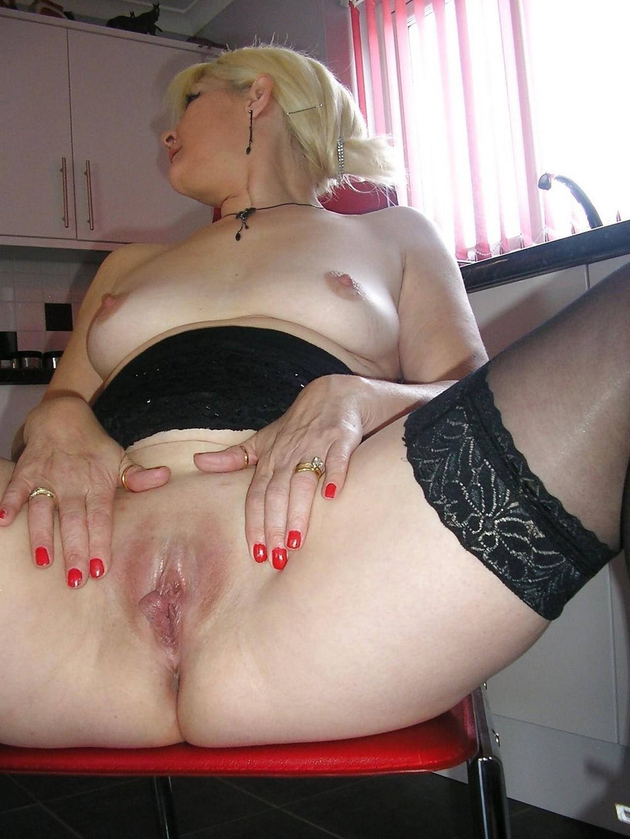 зрелые сочные женщины фото порно конечно