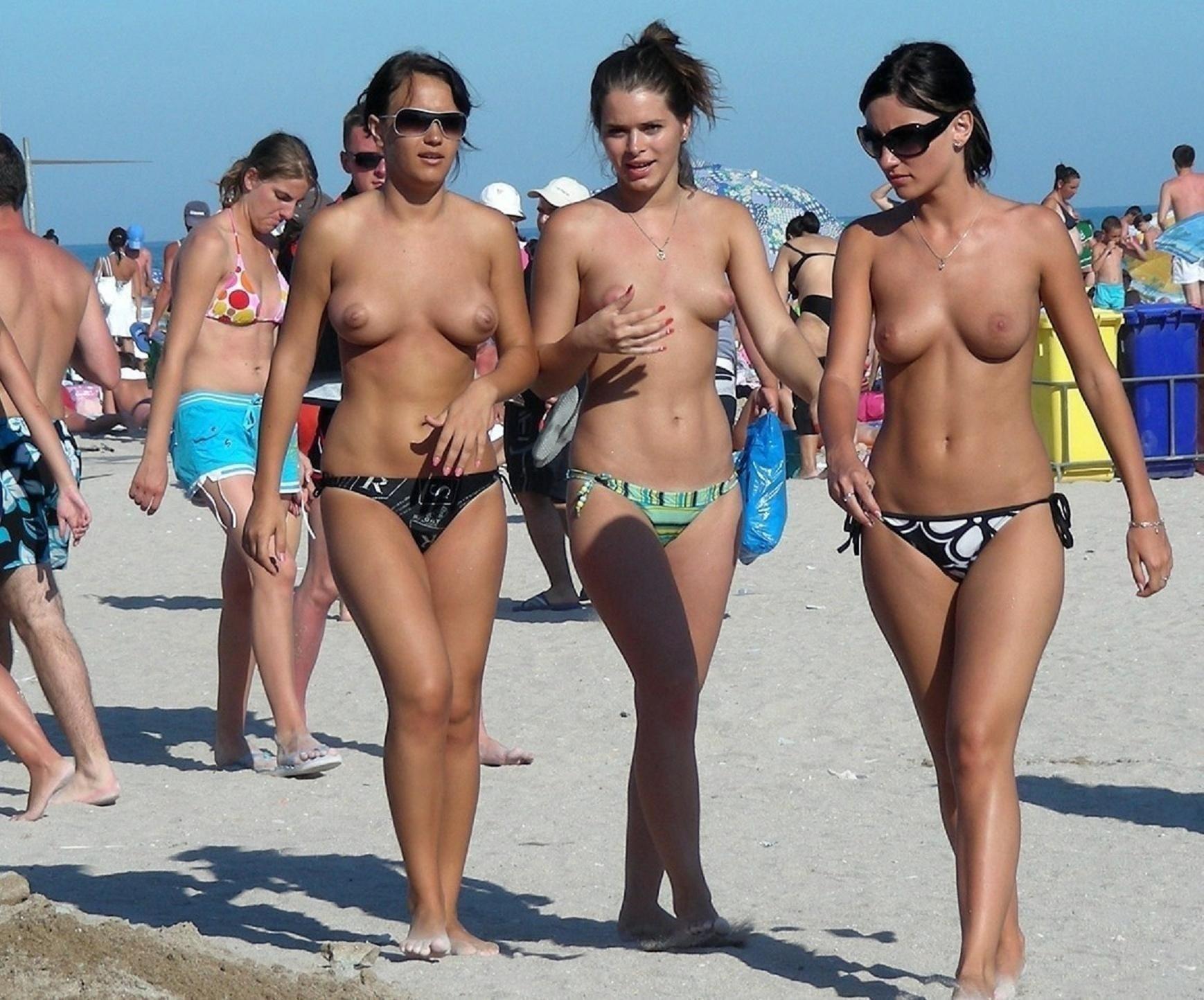 Пляжная эротика - компиляция 3