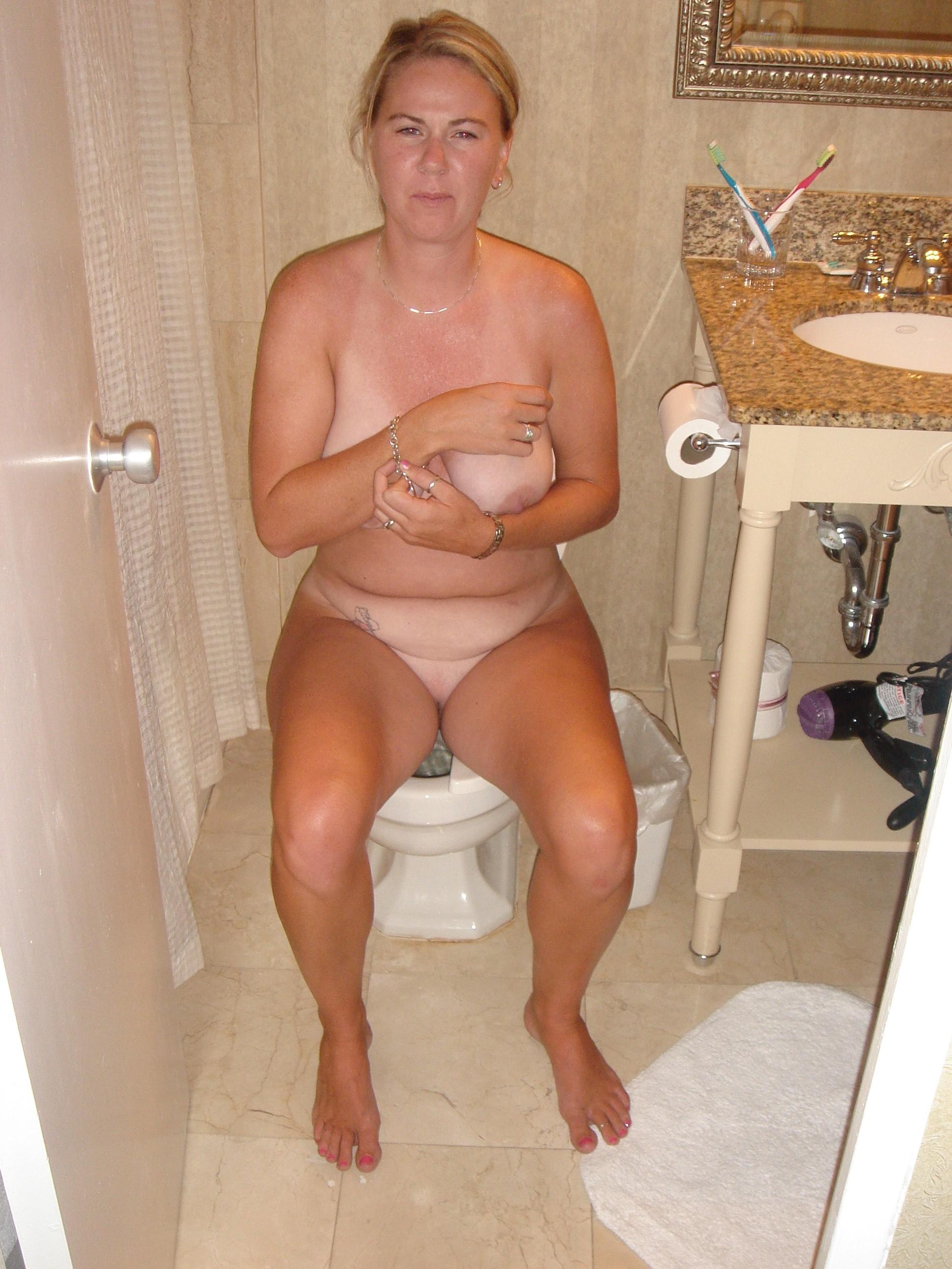 girls-moms-in-toilet-naked-hasidic-girls-hot