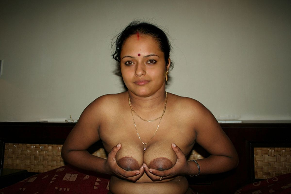 shot-indian-aunty-boob-press-sex-hot