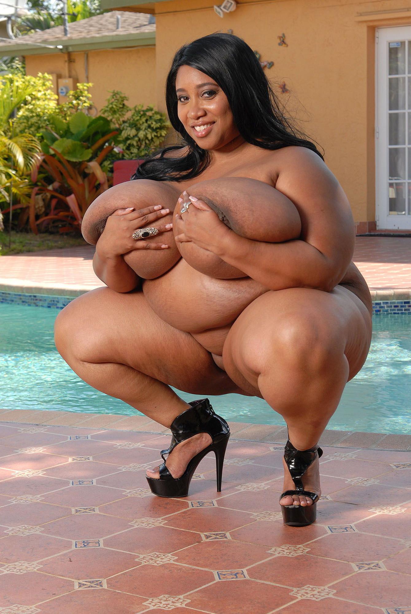 Черные жирные толстухи с огромными сиськами