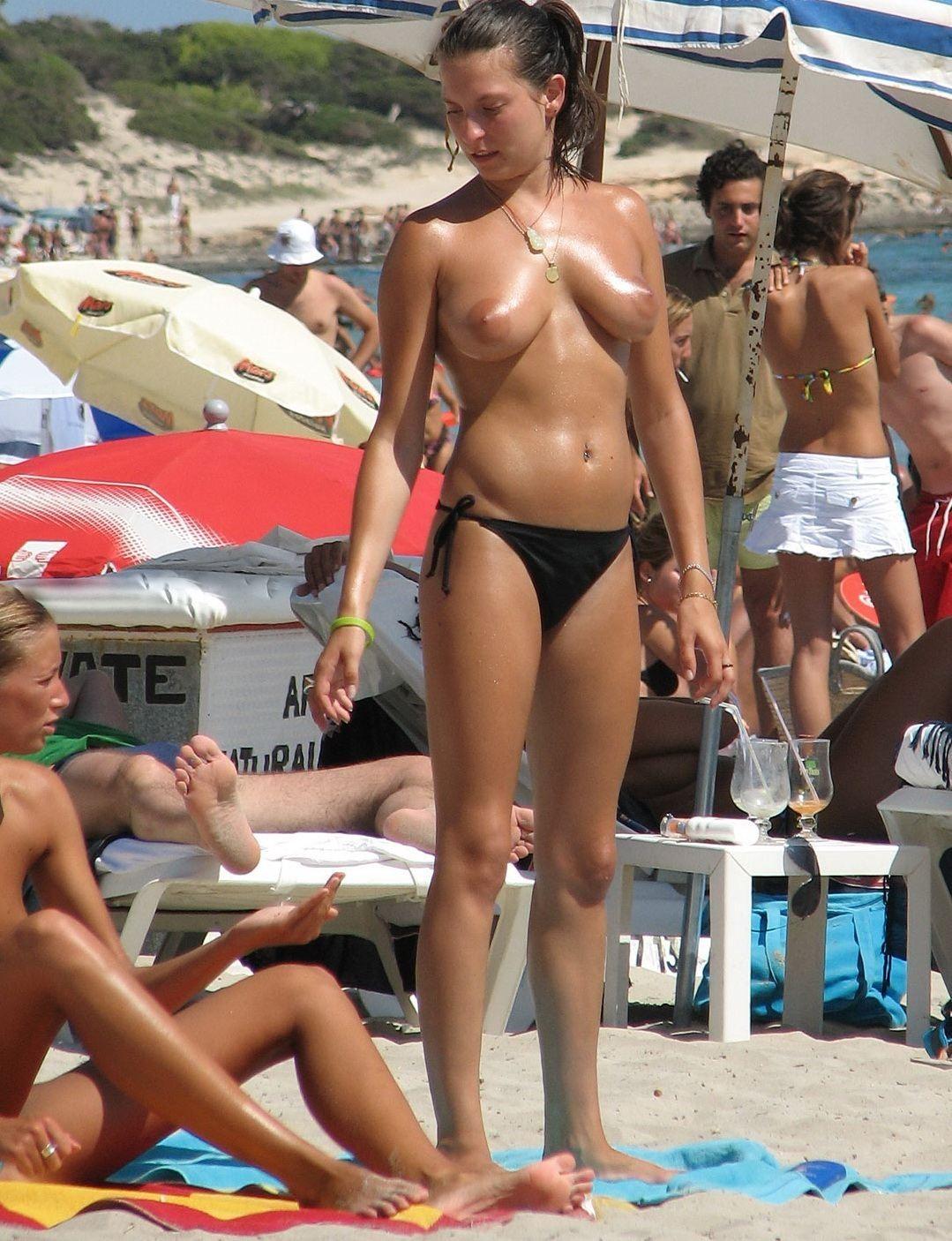 Пляжная эротика - компиляция 4