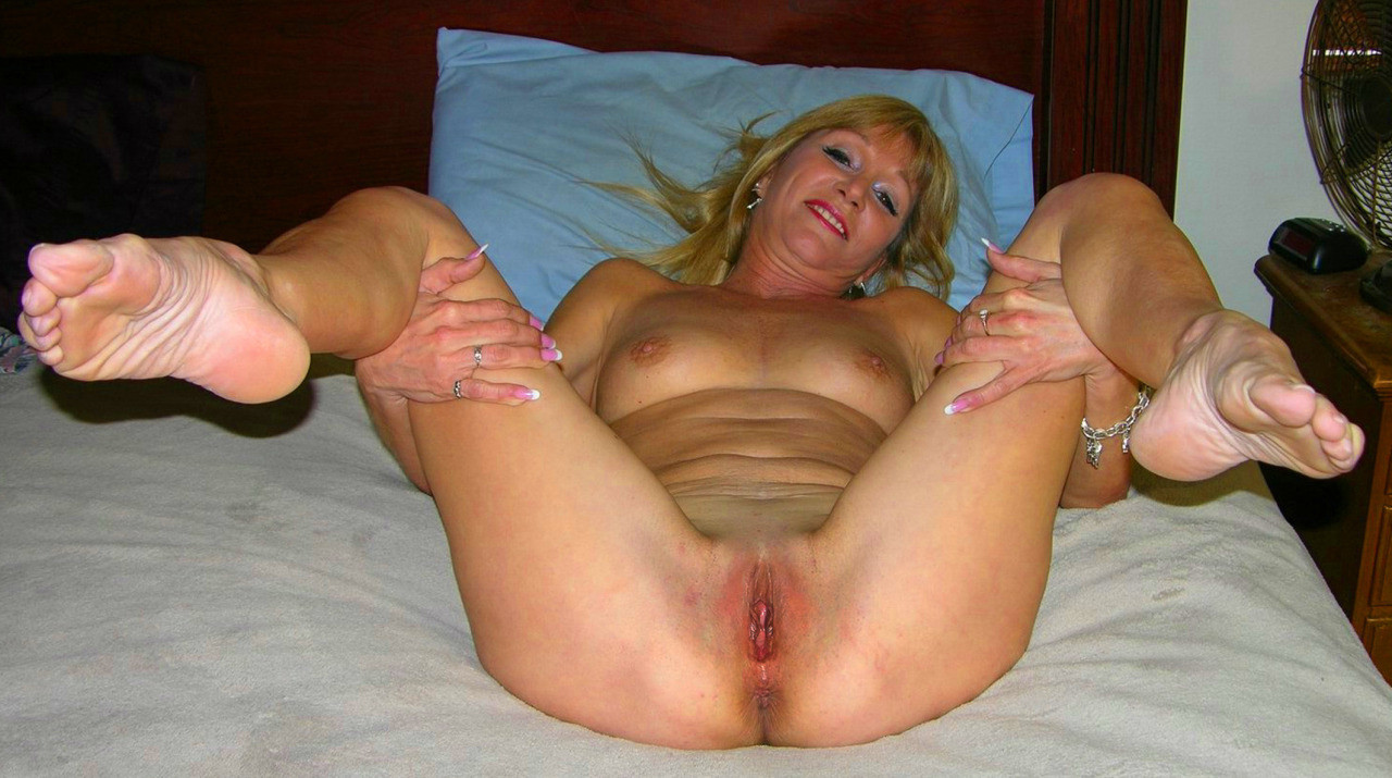 mature-motel-pussy-queen-nude-asian