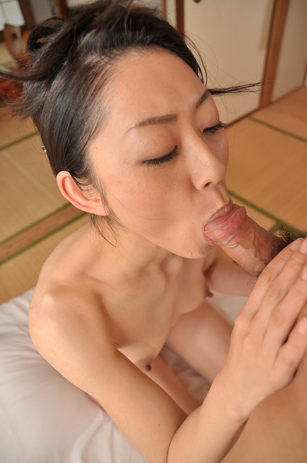 Asian blowjob picture