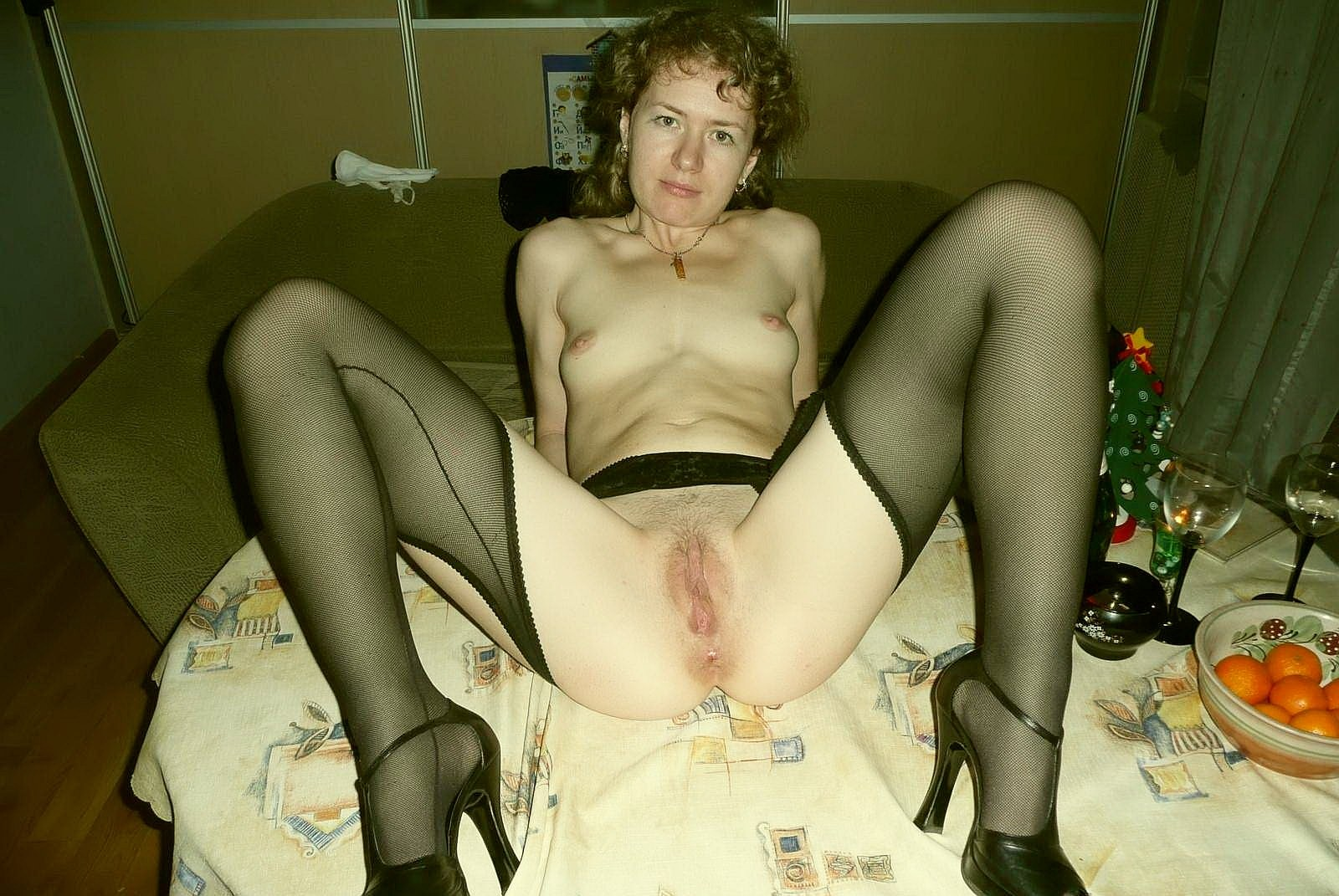 дамочки дома фото порно