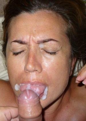 Сперма на лицах жен и подружек - компиляция 13