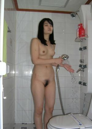 Голые телки в ванной - компиляция 5