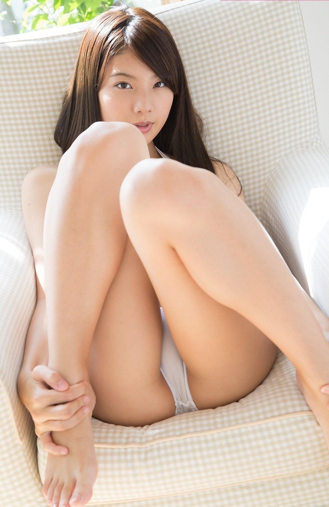 Красивые коленки (азиатки в трусиках) - компиляция 6