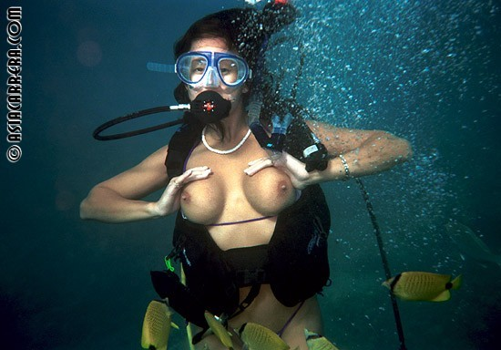 Naked tits scuba diving, sluttiest nude girls ever