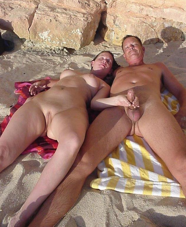 Снял На Пляже Нудистов