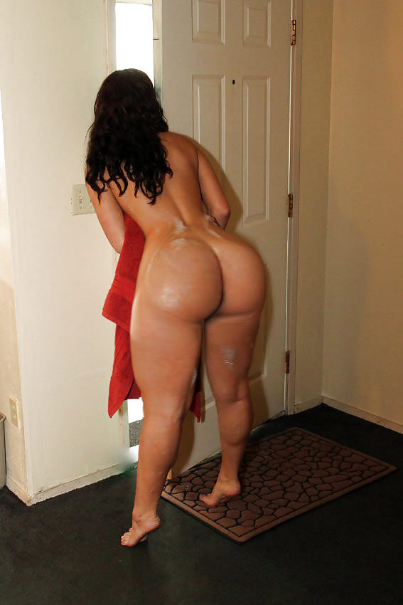 thick-booty-hoes-nude-fat-white
