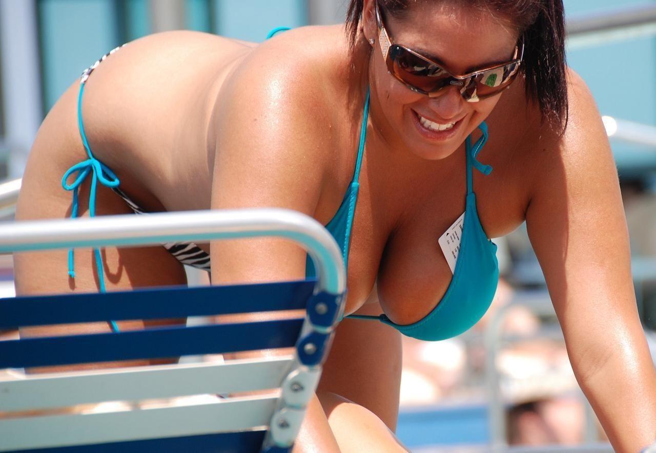 Huge tit bikini pics photos, rachel leah pl