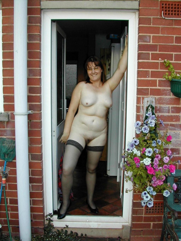 Сексуальные зрелые женщины в чулках - компиляция 5