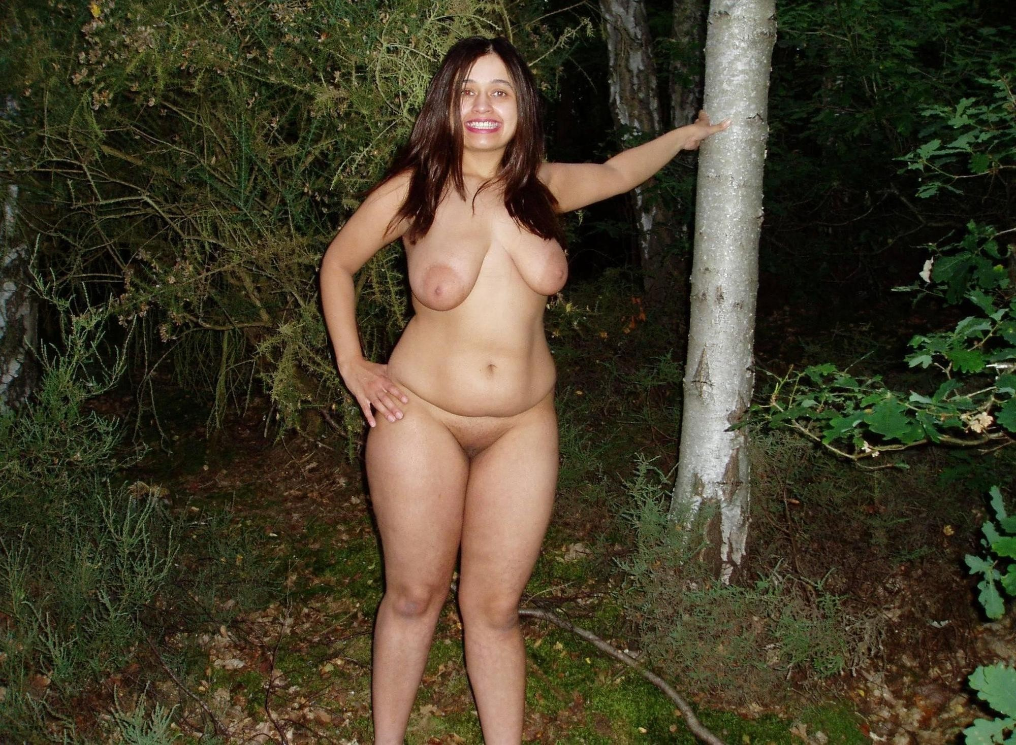 Nude Chubby Redhead Stripping