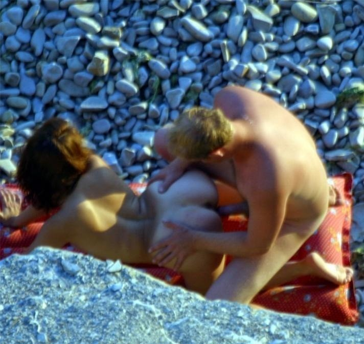 Девушки таганрога скрытые съемки занятия сексом отдыхающих на море грубый секс