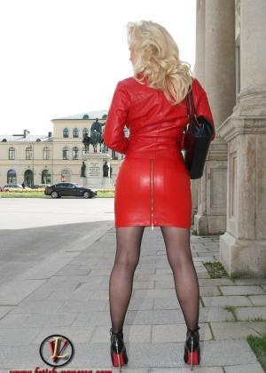 Красивые сексуальные блондинки - фото компиляция 11