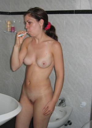 Голые телки в ванной - компиляция 7