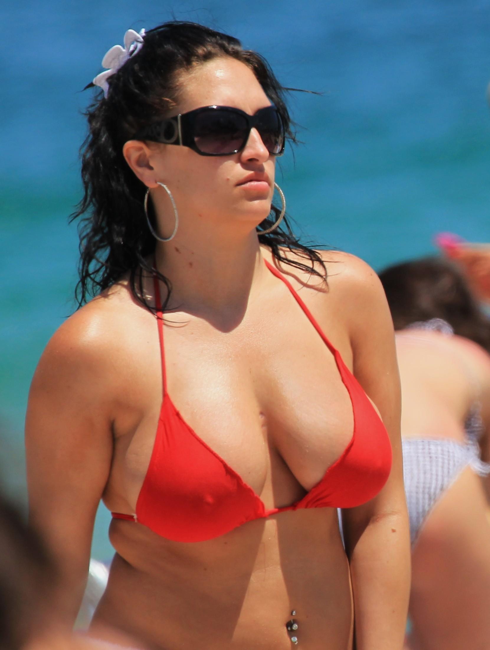 Bikini nipples tits — pic 2